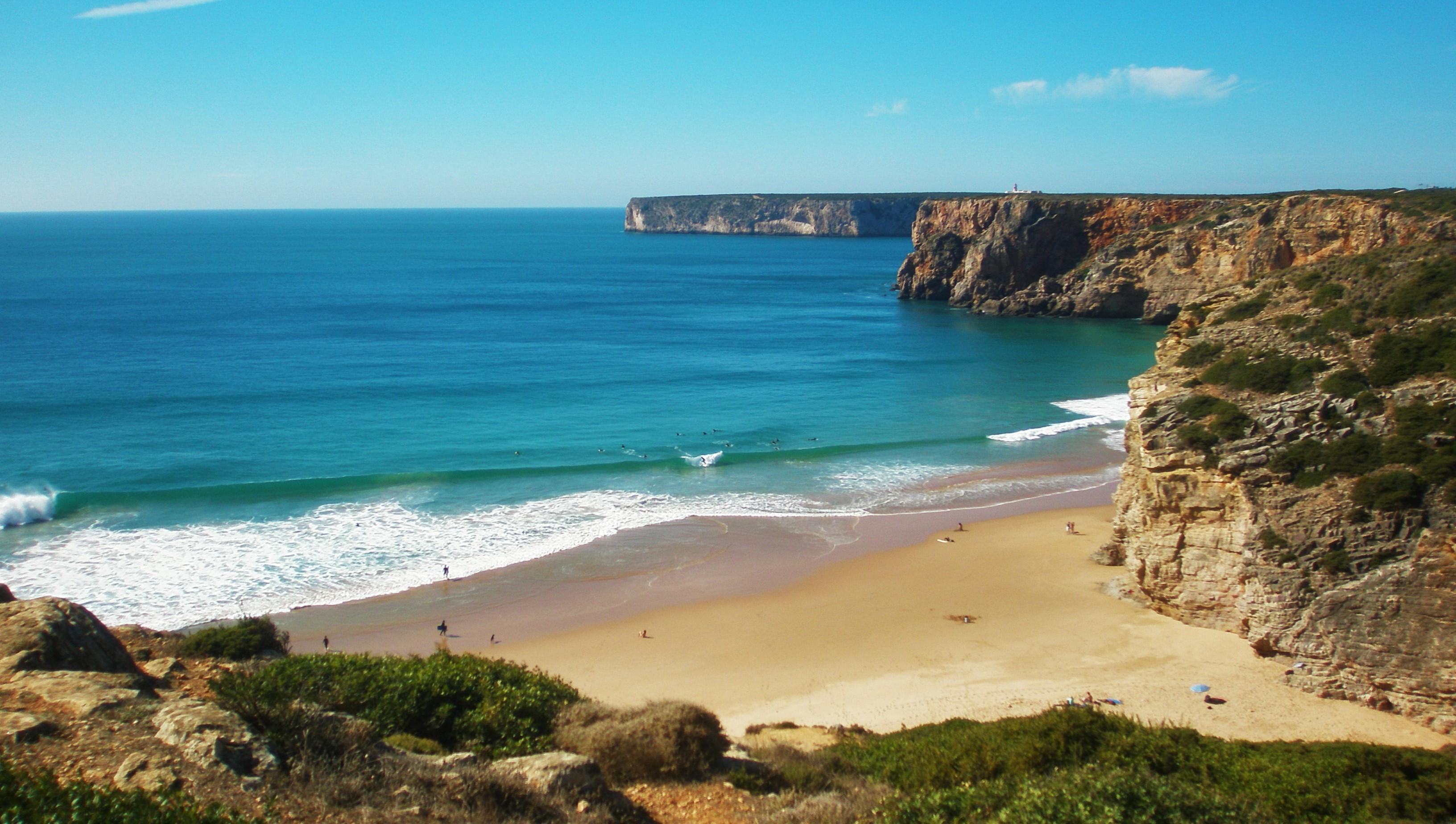 ZAREZEWUJ SURF CAMP DO KONCA MARCA / TERMIN BOOKINGU CZERWIEC / DOSTAN ZNIZKE 15%
